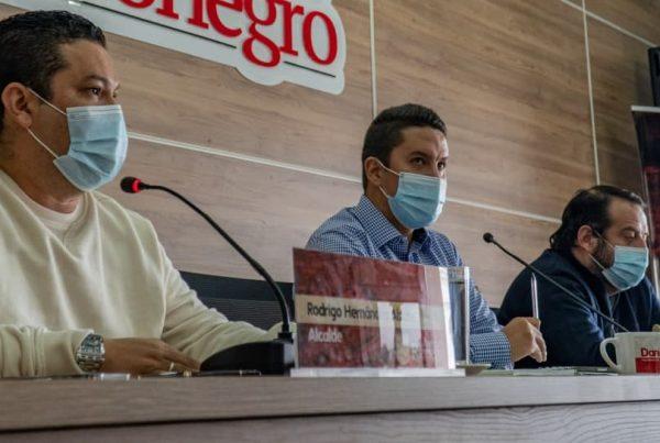En el Concejo se celebró sesión de respuestas al Cabildo Abierto